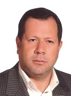 محمود اکبری